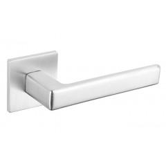 Дверная ручка на розетке Tupai 3095 5S Q 96 хром матовый